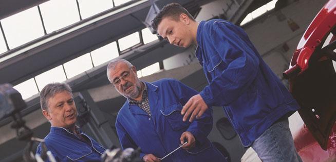 Angleichung von Arbeitern und Angestellten